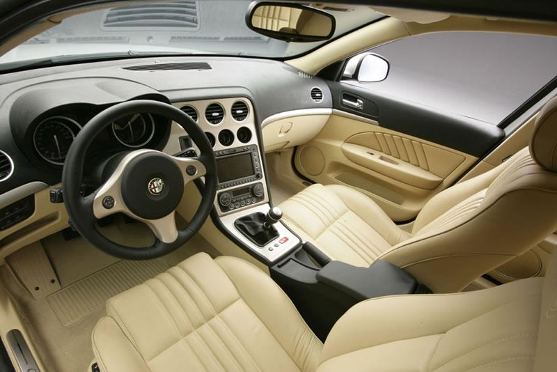 Alfa romeo 159 sportwagon review for Alfa romeo 159 interieur