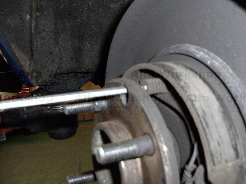 <p>Now check the handbrake shoes, if these need replacing push the retaining fastner in and twist either way yhrough 90 degrees in order to release it.