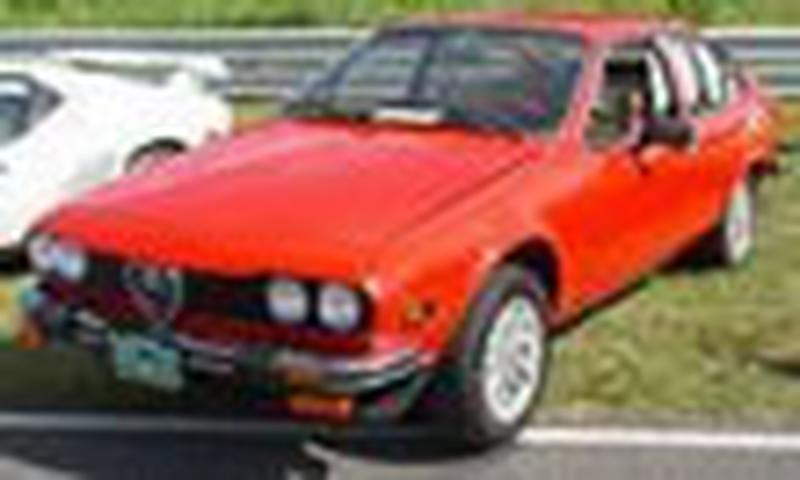 <p>This is an Alfetta GTV