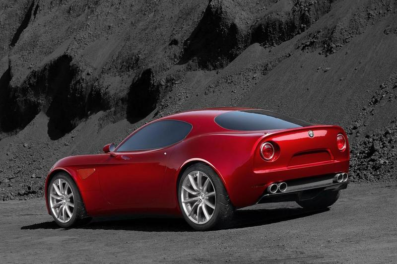 alfa romeo 8c competizione review the alfa workshop. Black Bedroom Furniture Sets. Home Design Ideas