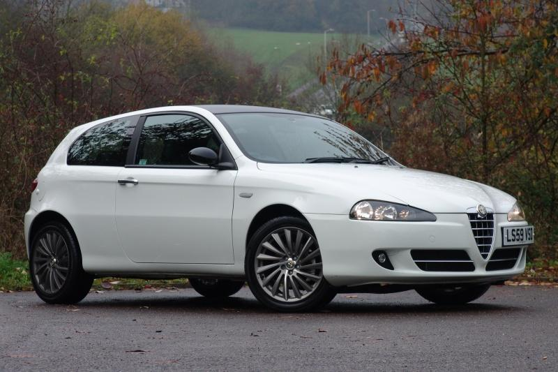 alfa romeo 147 white - photo #9