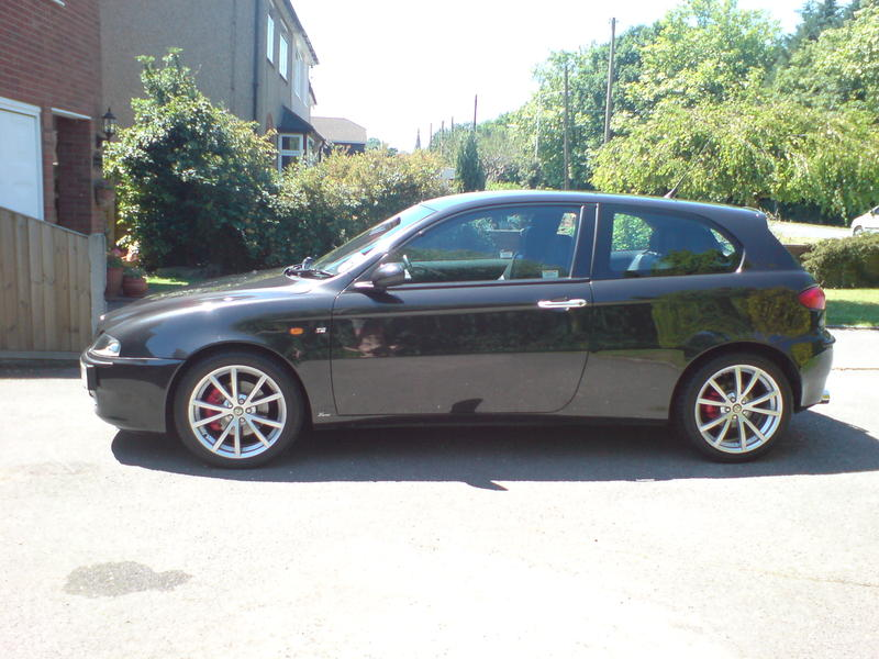alfa romeo 147 ti for sale. Black Bedroom Furniture Sets. Home Design Ideas