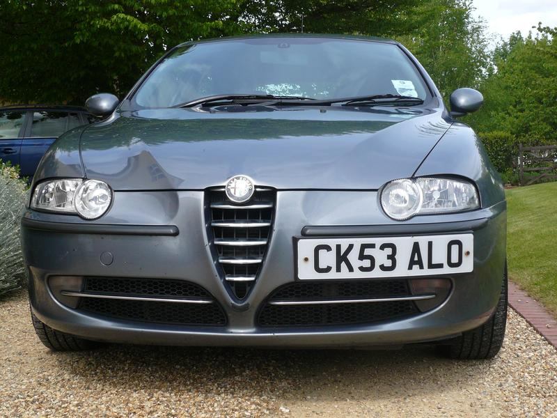 alfa romeo 147 jtd 1 9 mjet 16v lusso for sale. Black Bedroom Furniture Sets. Home Design Ideas