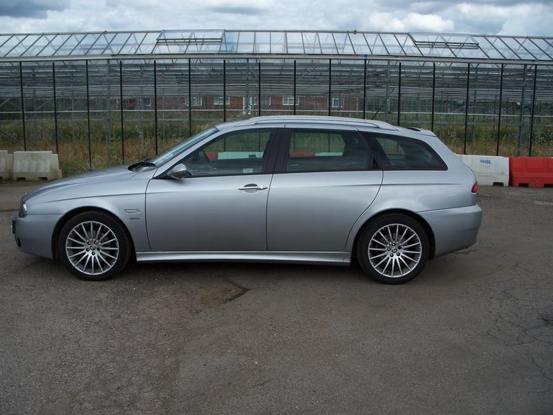 alfa romeo 156 jtd 16v veloce estate for sale. Black Bedroom Furniture Sets. Home Design Ideas