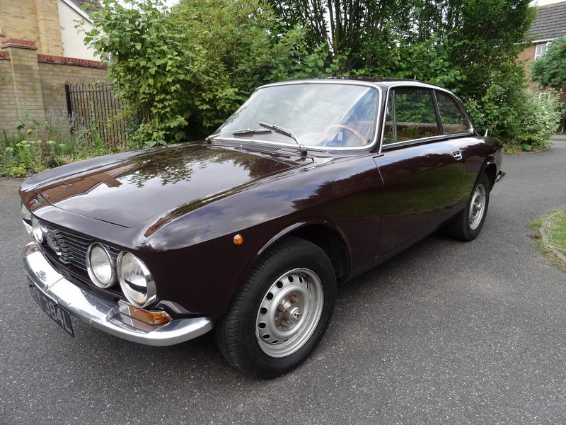 alfa romeo giulia gt gtv junior for sale. Black Bedroom Furniture Sets. Home Design Ideas