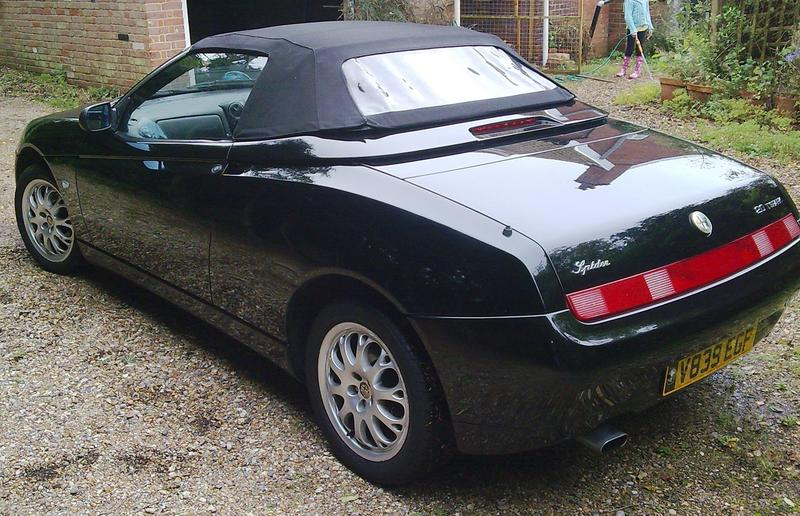 Alfa Romeo Spider 2.0 Twin Spark For Sale