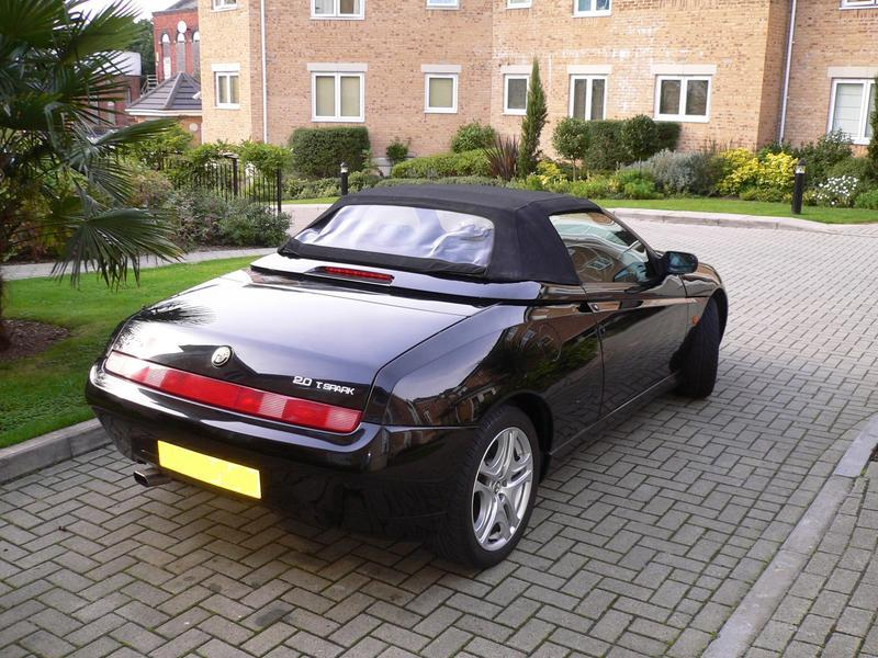 Alfa Romeo Service Parts Berkshire >> Alfa Romeo Spider 2.0 Twin Spark For Sale