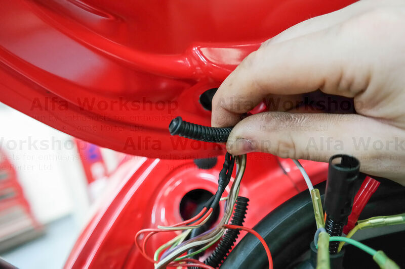 <p>Push the supplied 'O' ring over the end of the washer hose.